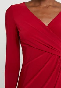 Lauren Ralph Lauren - MID WEIGHT DRESS - Pouzdrové šaty - scarlet red - 5