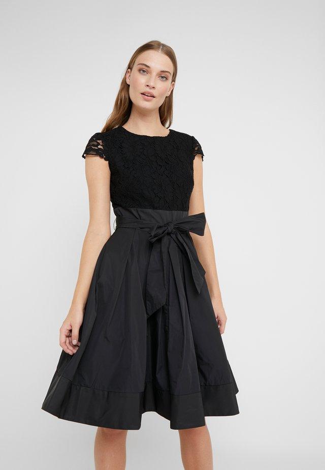 MEMORY TAFFETA COCKTAIL DRESS - Koktejlové šaty/ šaty na párty - black