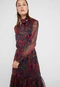 Lauren Ralph Lauren - CRINKLE DRESS - Vestido informal - navy/multi - 4