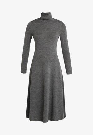 Sukienka dzianinowa - lexington grey