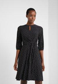 Lauren Ralph Lauren - PRINTED MATTE  - Jerseyklänning - black/parlor red - 0