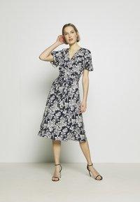 Lauren Ralph Lauren - Denní šaty - lauren navy/pale - 1