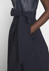 Lauren Ralph Lauren - MEMORY TAFFETA DRESS COMBO - Cocktailjurk - lighthouse navy - 5
