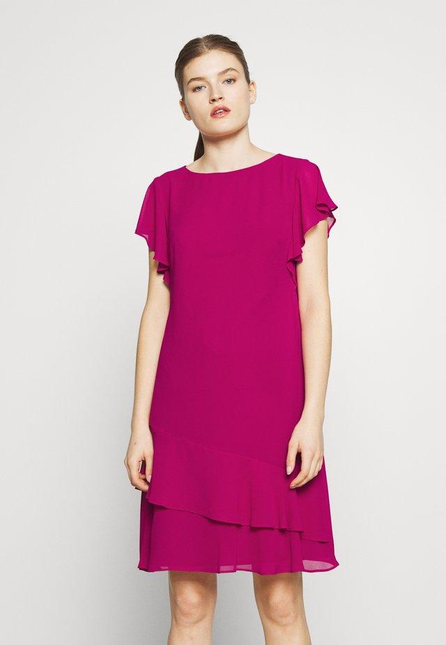 CLASSIC SOLID DRESS - Korte jurk - bright fuchsia