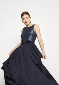 Lauren Ralph Lauren - MEMORY LONG GOWN COMBO - Galajurk - lighthouse navy - 4