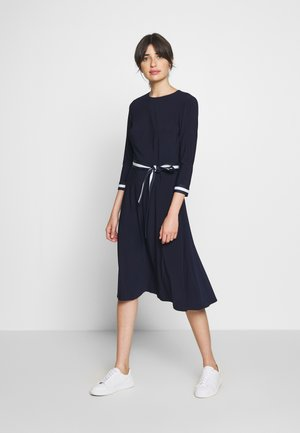 MID WEIGHT TONE DRESS - Korte jurk - lighthouse navy