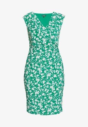 PRINTED MATTE DRESS - Robe fourreau - malachite/colonia