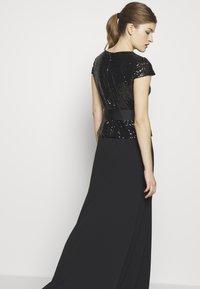 Lauren Ralph Lauren - LUXE TECH LONG GOWN COMBO - Galajurk - black - 5