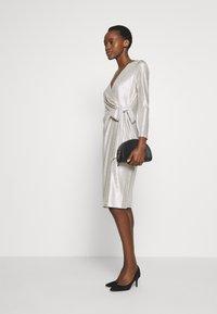 Lauren Ralph Lauren - DRESS - Vestito elegante - champagne/silver - 1