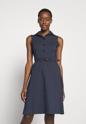 MICRO DOT PONTE DRESS - Košilové šaty - navy