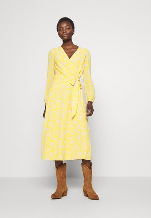 PRINTED DRESS - Korte jurk - true marigold
