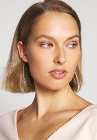 Lauren Ralph Lauren - LUXE TECH DRESS - Shift dress - belle rose - 3
