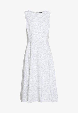 PRINTED TECH DRESS - Vestito di maglina - whisper blue