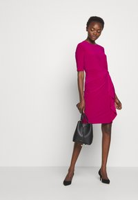 Lauren Ralph Lauren - MID WEIGHT DRESS - Vardagsklänning - bright fuchsia - 2