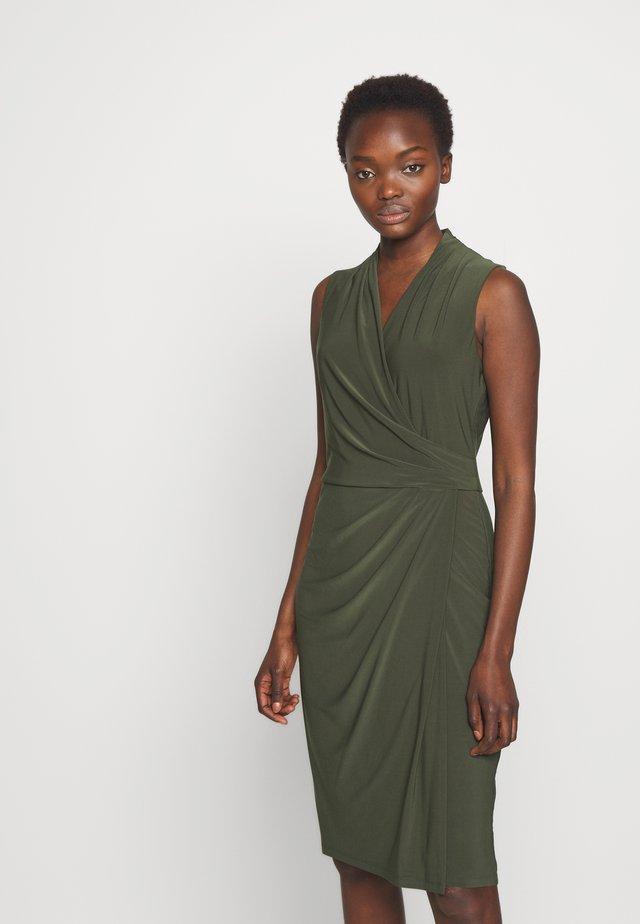CLASSIC DRESS - Vardagsklänning - oliva