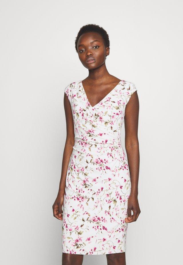 MATTE DRESS - Korte jurk - cream/pink