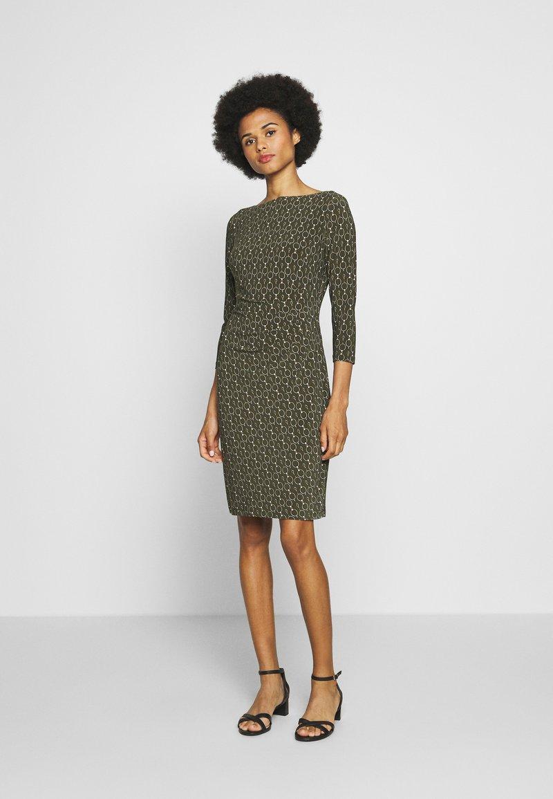 Lauren Ralph Lauren - PRINTED MATTE DRESS - Shift dress - oliva/gold/multi