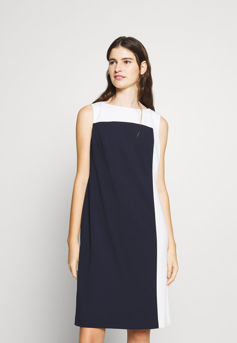 Lauren Ralph Lauren - LUXE TECH TONE DRESS - Cocktailjurk - navy/cream