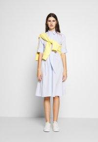 Lauren Ralph Lauren - BROADCLOTH DRESS - Košilové šaty - blue/white - 1