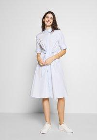 Lauren Ralph Lauren - BROADCLOTH DRESS - Košilové šaty - blue/white - 0