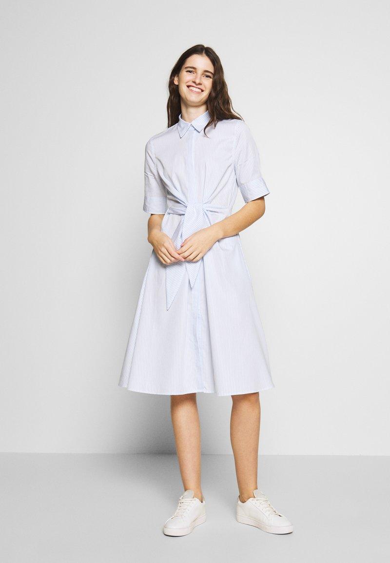 Lauren Ralph Lauren - BROADCLOTH DRESS - Košilové šaty - blue/white