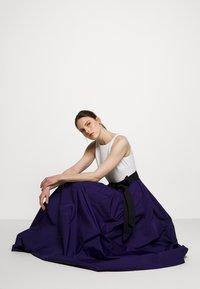 Lauren Ralph Lauren - MEMORY TAFFETA LONG GOWN - Vestido de fiesta - cannes blue - 3