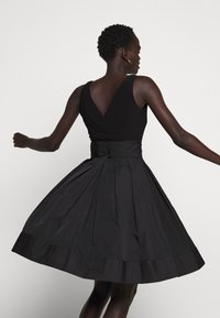 Lauren Ralph Lauren - MEMORY DRESS COMBO - Vestido de cóctel - black - 4