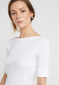 Lauren Ralph Lauren - JUDY ELBOW SLEEVE - Jednoduché triko - white - 4