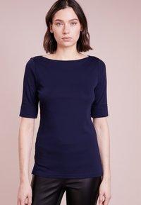 Lauren Ralph Lauren - JUDY ELBOW SLEEVE - Basic T-shirt - navy - 0
