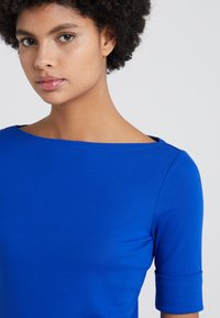 Lauren Ralph Lauren - JUDY ELBOW SLEEVE - T-shirts - blue ocean - 4