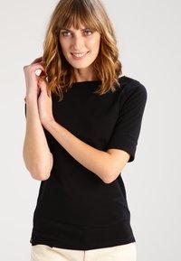 Lauren Ralph Lauren - JUDY ELBOW SLEEVE - T-shirts - black - 0