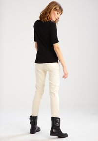 Lauren Ralph Lauren - JUDY ELBOW SLEEVE - T-shirts - black - 2