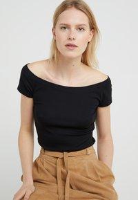 Lauren Ralph Lauren - T-shirts - black - 5