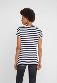 Lauren Ralph Lauren - UPTOWN  - Print T-shirt - lauren navy/white - 2