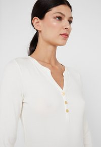 Lauren Ralph Lauren - Maglietta a manica lunga - mascarpone cream - 4