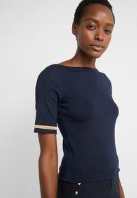 Lauren Ralph Lauren - T-shirts med print - dark blue - 3