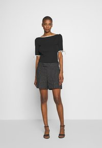 Lauren Ralph Lauren - T-shirts med print - black - 1