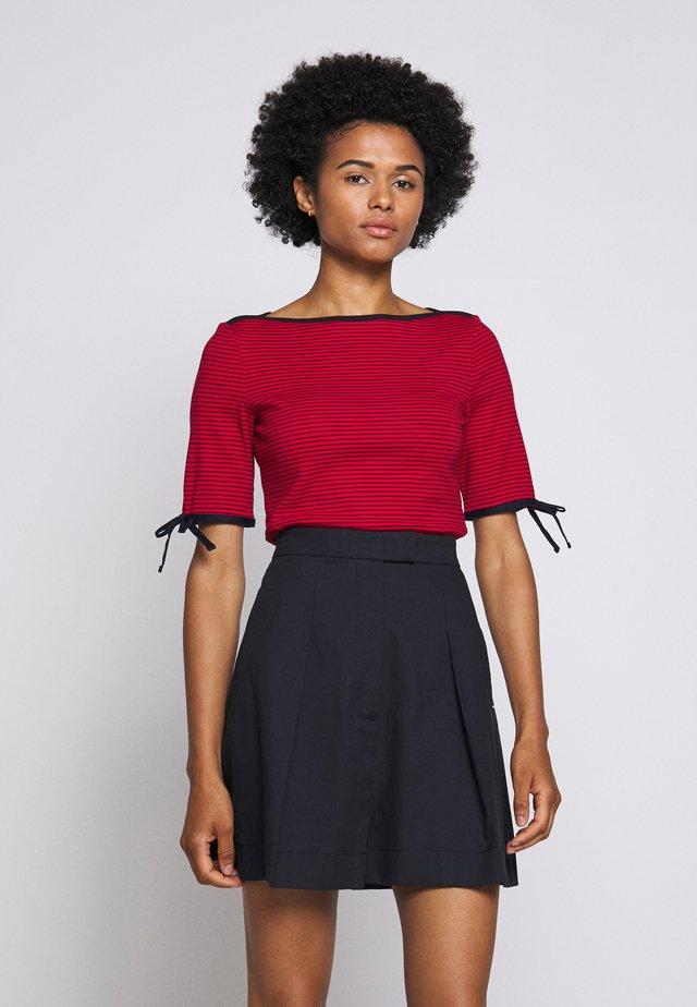 Print T-shirt - orient red