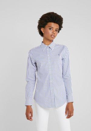 STRTCH NON IRON - Camicia - white/blue