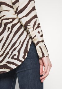 Lauren Ralph Lauren - Button-down blouse - brown/multi - 5
