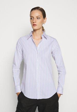 NON IRON SHIRT - Camicia - white/blue