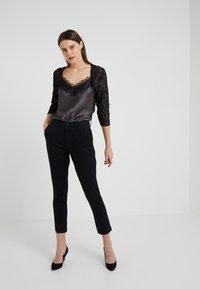 Lauren Ralph Lauren - TIYANA ELBOW SLEEVE  - Vest - black/silver - 1