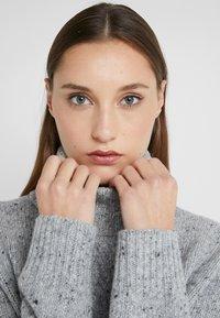 Lauren Ralph Lauren - CROFTER DONEGAL - Svetr - pearl grey heathe - 4