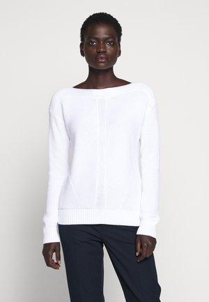 GASSED BOAT NECK - Svetr - white