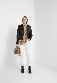 Lauren Ralph Lauren - ULTIMATE  - Straight leg jeans - perfect white - 1