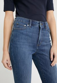 Lauren Ralph Lauren - ULTIMATE ANKLE - Jeans Skinny Fit - harbor wash denim - 5