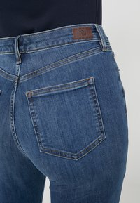 Lauren Ralph Lauren - ULTIMATE ANKLE - Jeans Skinny Fit - harbor wash denim - 3