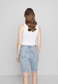 Lauren Ralph Lauren - Short en jean - light indigo wash - 2