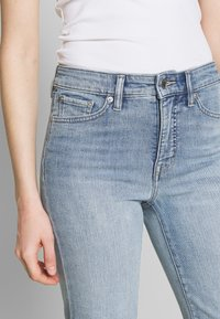 Lauren Ralph Lauren - Short en jean - light indigo wash - 5