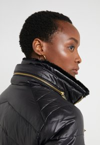 Lauren Ralph Lauren - COAT ZIPPERS - Daunenjacke - black - 4